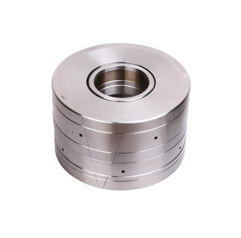NUCF30-2R-AB Cam Follower Bearing / NUCF30-2RAB Track Roller Bearing 30x90x100mm